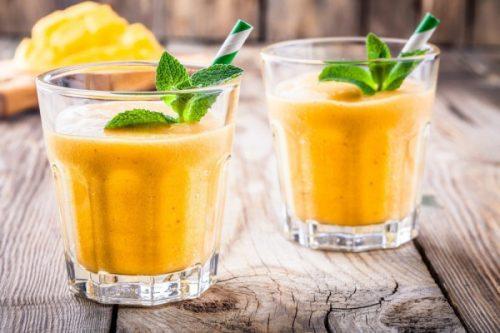 Смузи из манго и банана