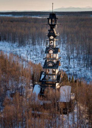 small-60-metrovyy-derevyannyy-dom-na-alyaske-4