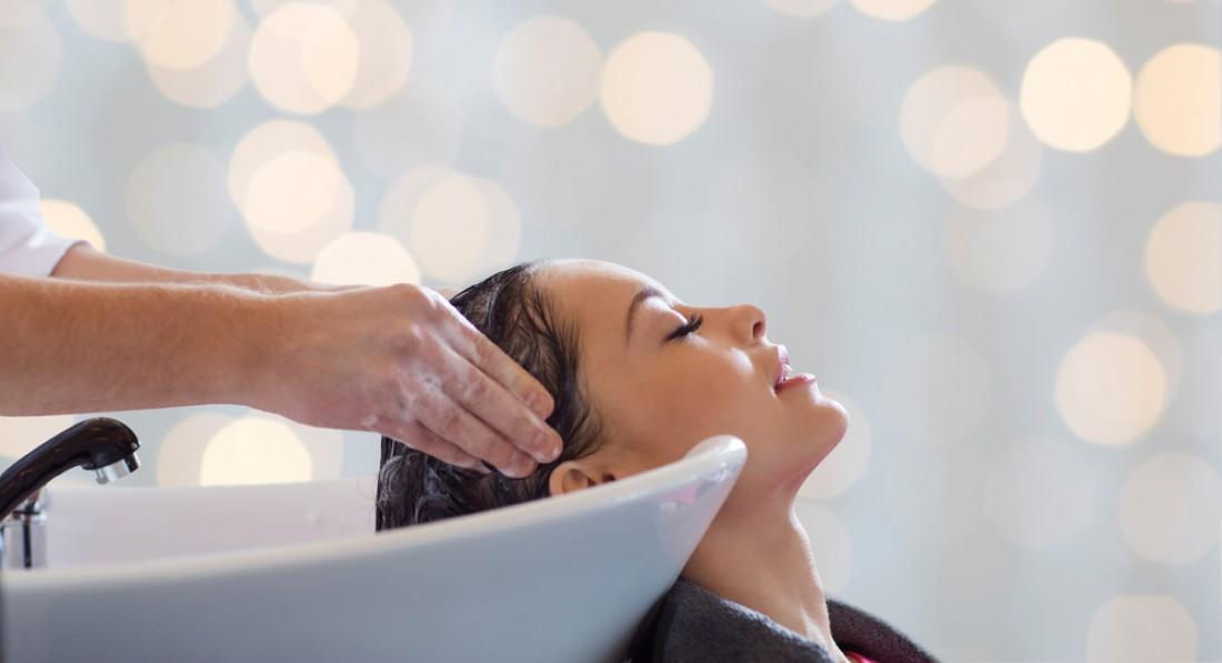 Как часто нужно мыть голову ©depositphotos.com