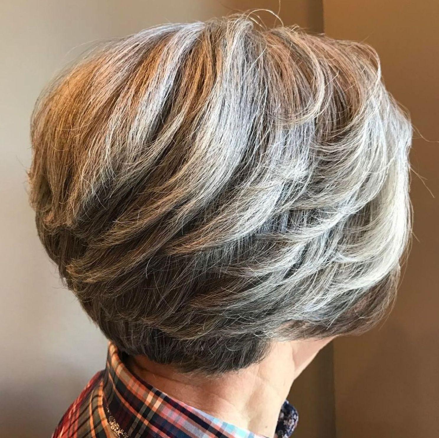 короткие стрижки для пожилых женщин фото 3
