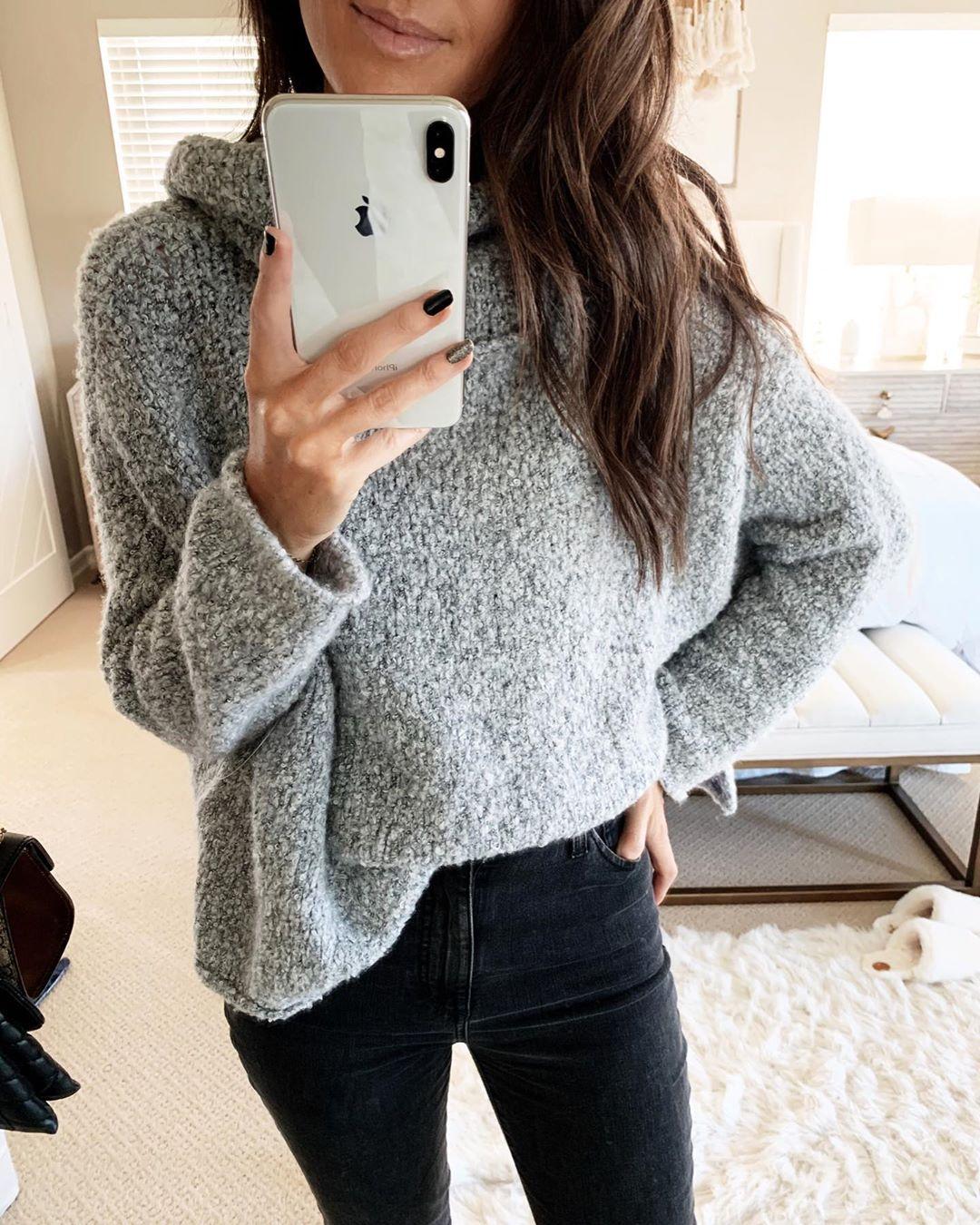 Джинсы и свитер 2020 фото 14