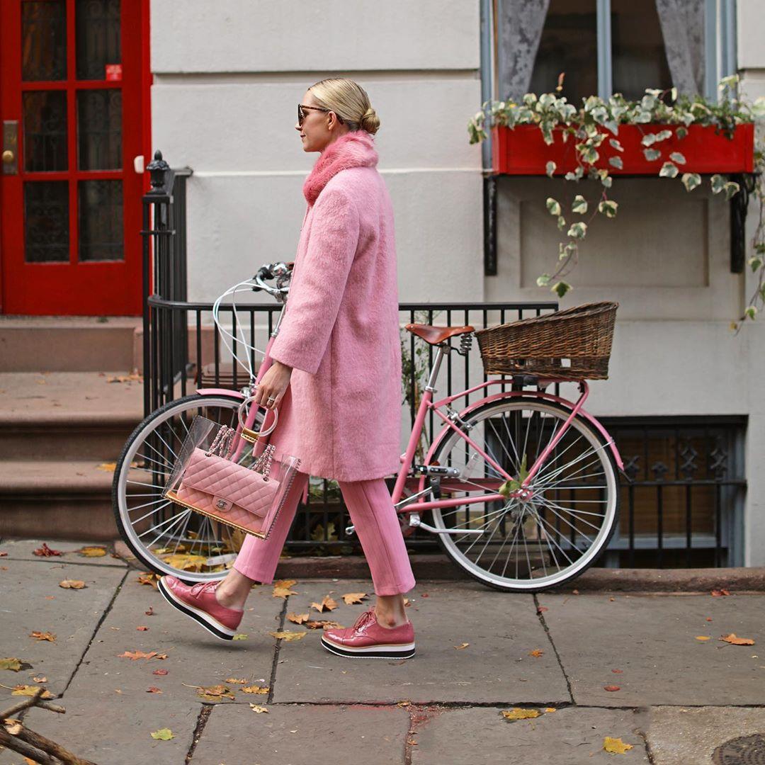 Розовое пальто фото 8