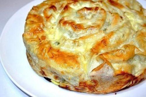 Пирог из лаваша с брынзой