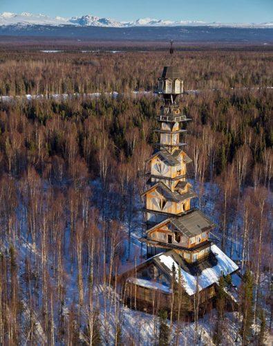 small-60-metrovyy-derevyannyy-dom-na-alyaske-8
