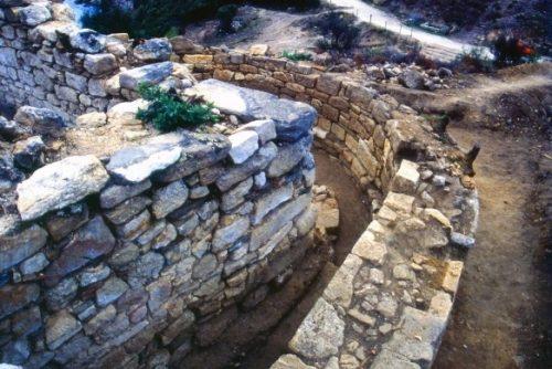 grobnica aristotelya 3