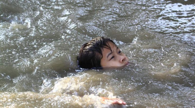 Ребенок может утонуть даже спустя сутки после выхода из воды: все, что нужно знать родителям