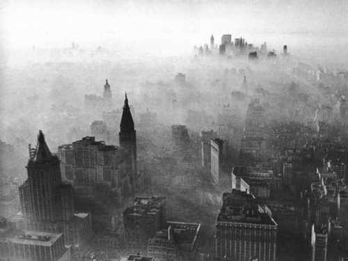this old picture of manhattan smog looks just like beijing today e1462529568676