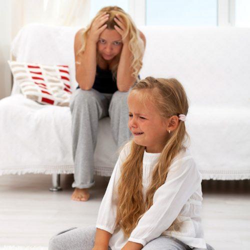 Как справляться с истериками и слезами: таймауты нужны взрослым