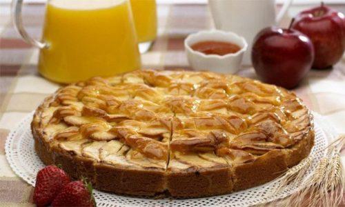 Низкокалорийный яблочный пирог без муки