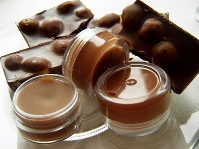 Шоколадный блеск для губ своими руками
