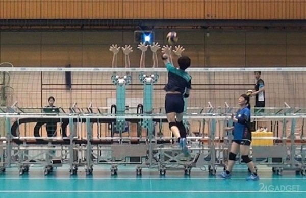 Японскую сборную по волейболу теперь тренируют роботы