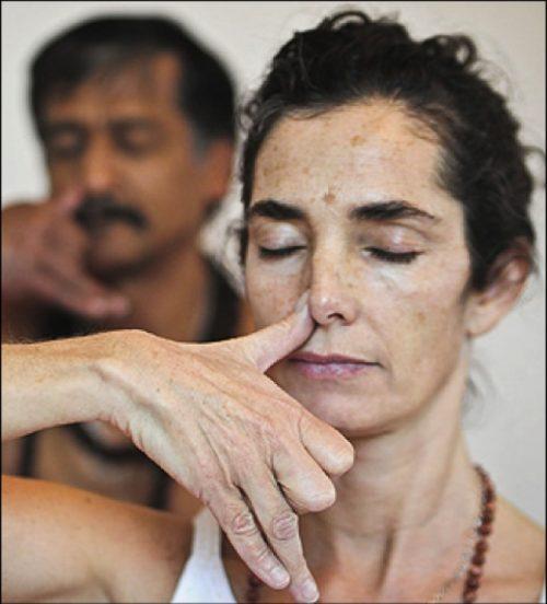 alternativnoye nosovoye dyhanie