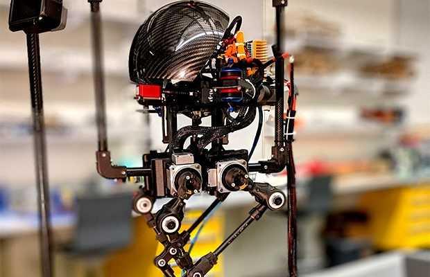 robot 1 620x400