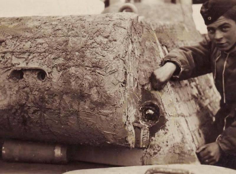 25 невероятных исторических фото из серии «Пробил, но не убил»