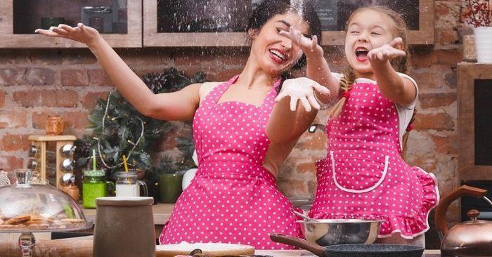 11 идей, как переделать старую одежду в фартук для кухни