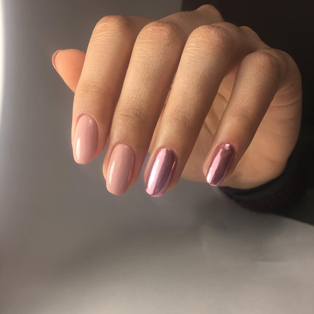 маникюр розовое золото фото_7
