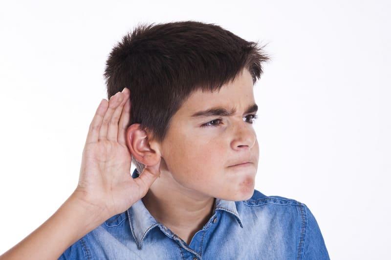 Как проверить слух у ребёнка и взрослого в домашних условиях?