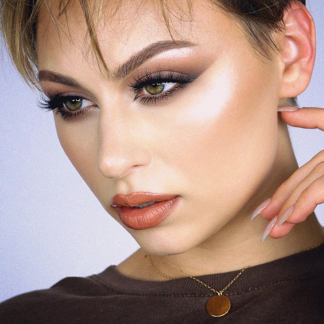 легкий макияж для зеленых глаз фото 11