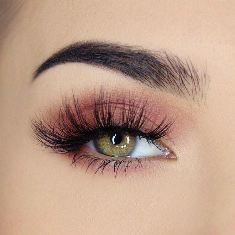 легкий макияж для зеленых глаз фото 2