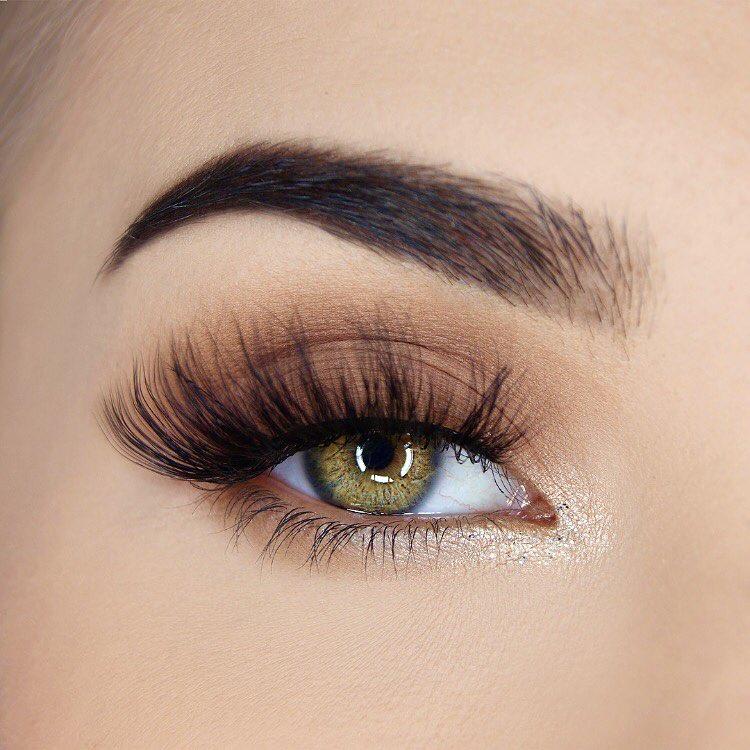 легкий макияж для зеленых глаз фото 1