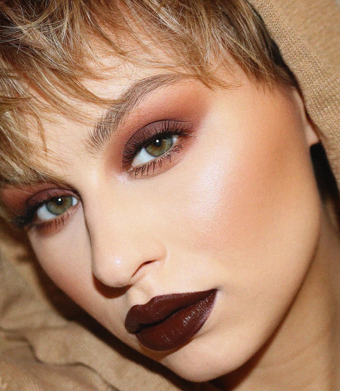 легкий макияж для зеленых глаз фото 10