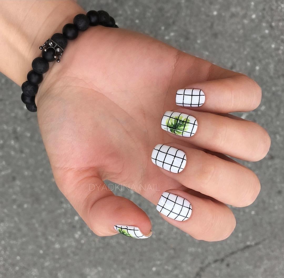 белые короткие ногти 2019_28