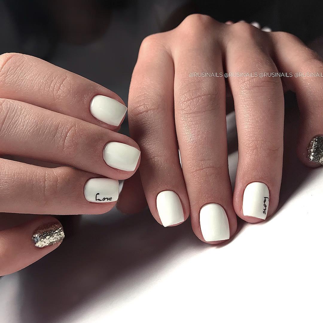 белые короткие ногти 2019_7