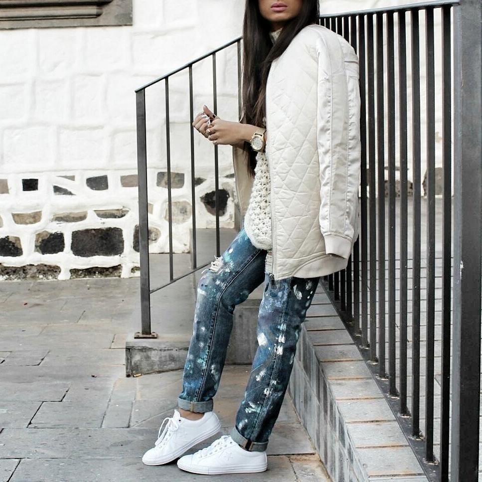 с чем носить джинсы бойфренды фото 13