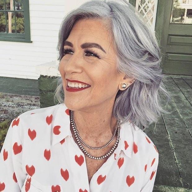 Причёски для женщин старше 60 лет фото 10