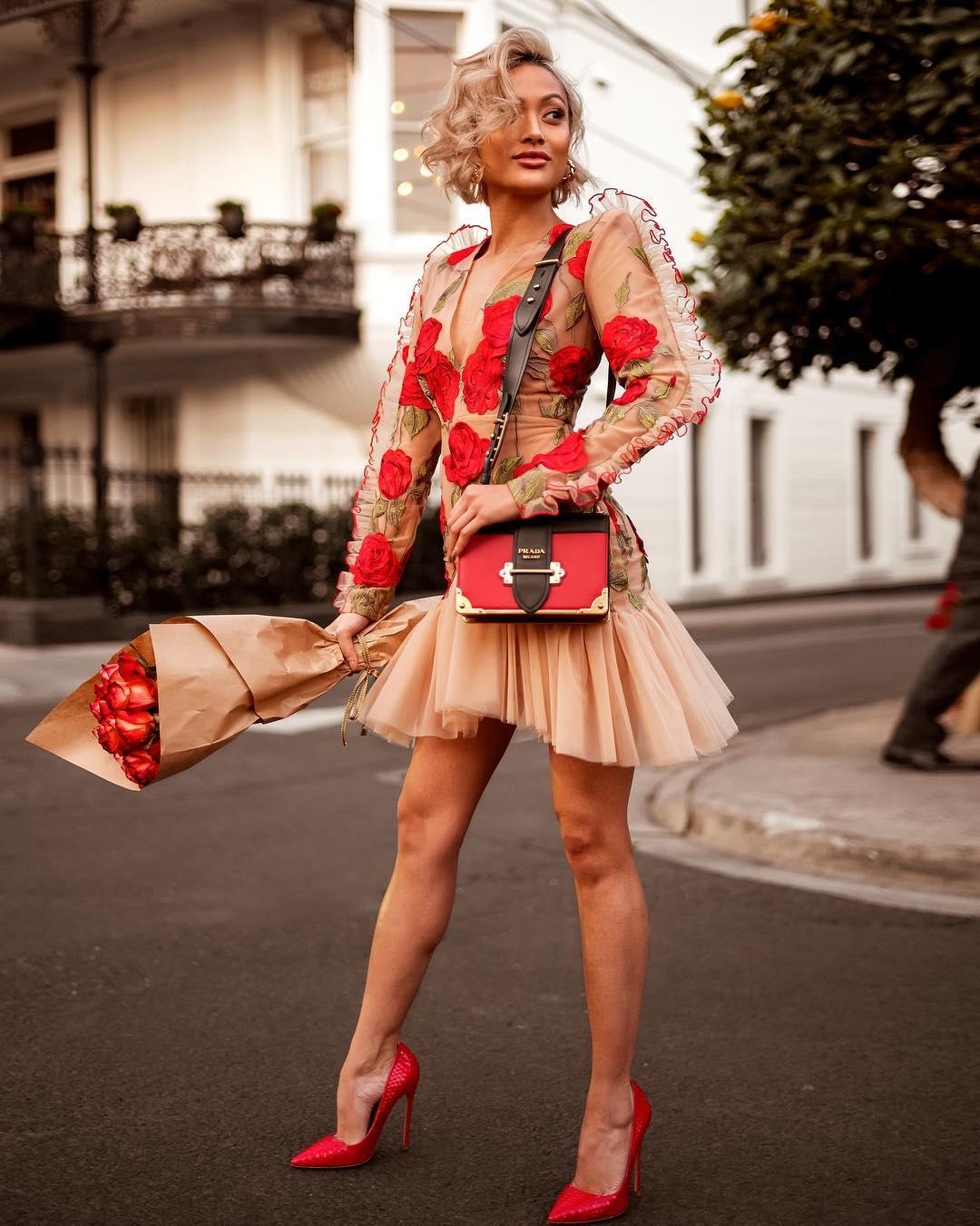 платья весна лето 2019 модные тенденции фото 44