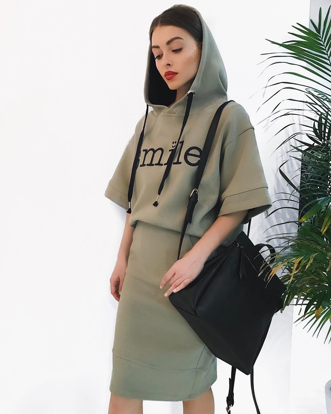 платья весна лето 2019 модные тенденции фото 32