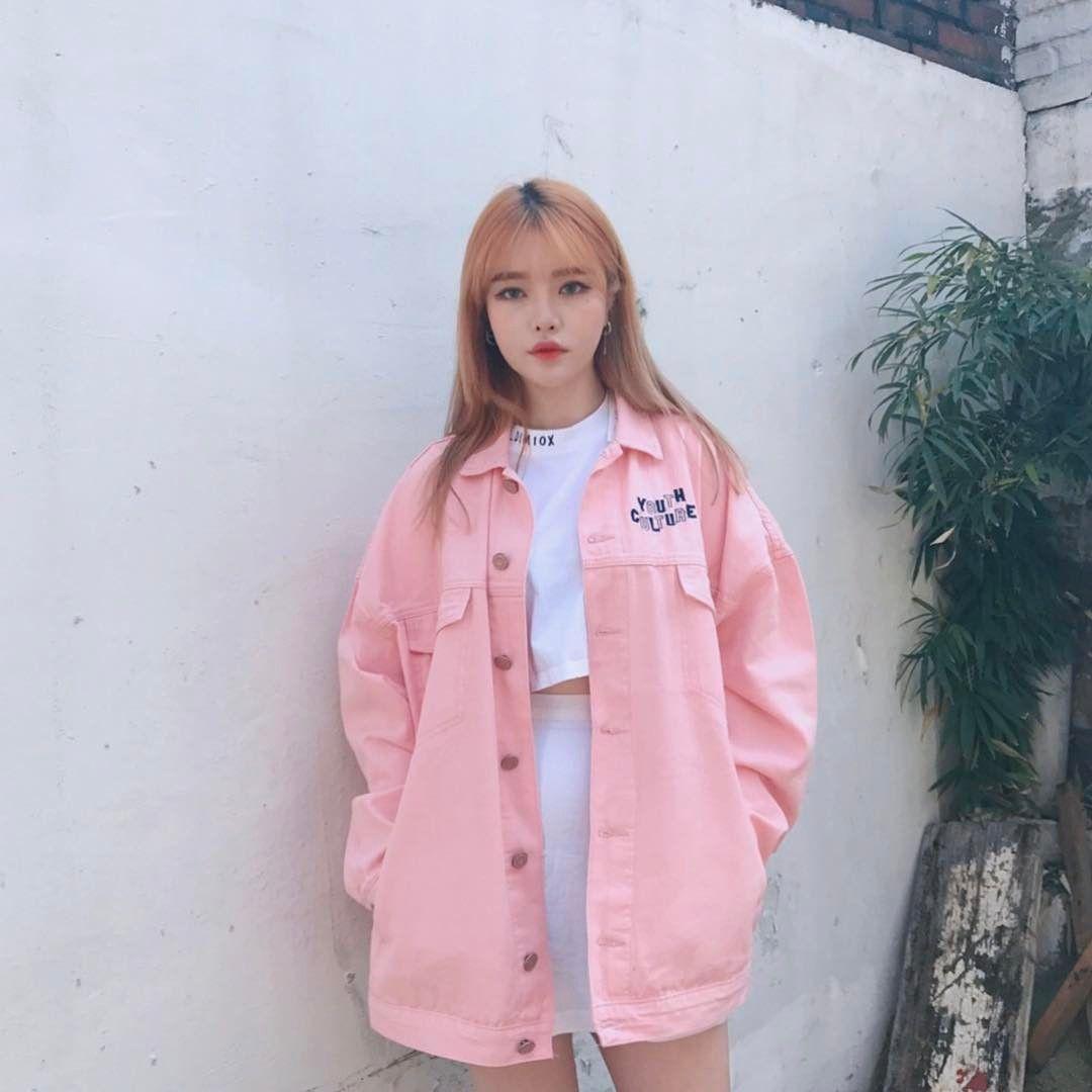 Розовая джинсовая куртка фото 8