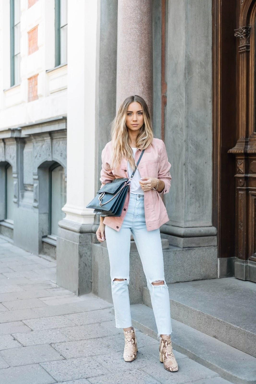 Розовая джинсовая куртка фото 3