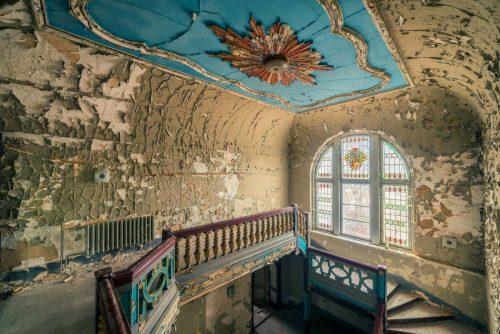 foto zabroshennyh evropejskih dvorcov kotorye segodnja nikomu ne nuzhny