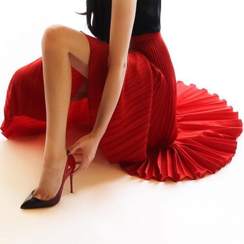 kak i s chem nosit plissirovannuju jubku chtoby obraz poluchilsja idealnym 16 stilnyh variantov