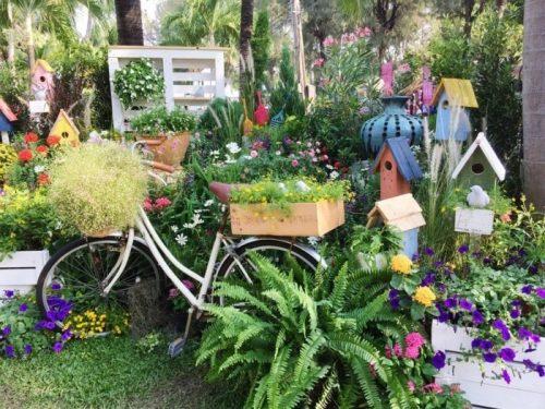 prevrashhenie starogo velosipeda v udivitelnyj velo dekor dlja vashego sada