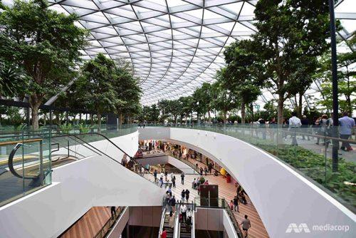 v singapure postroili unikalnyj ajeroport ne imejushhij analogov v mire