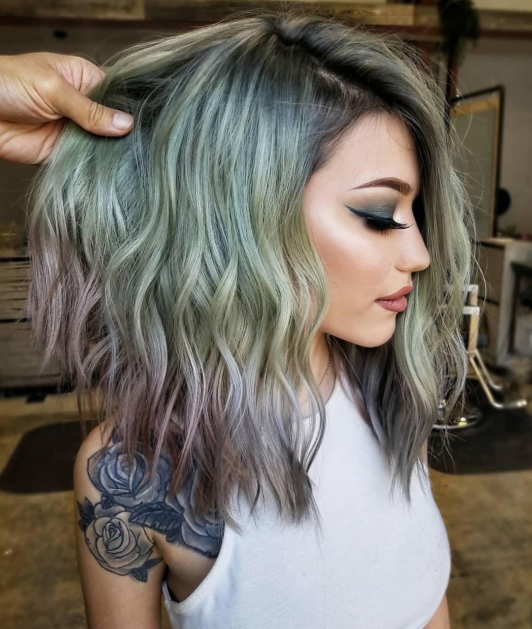 причёски для волос средней длины фото 2