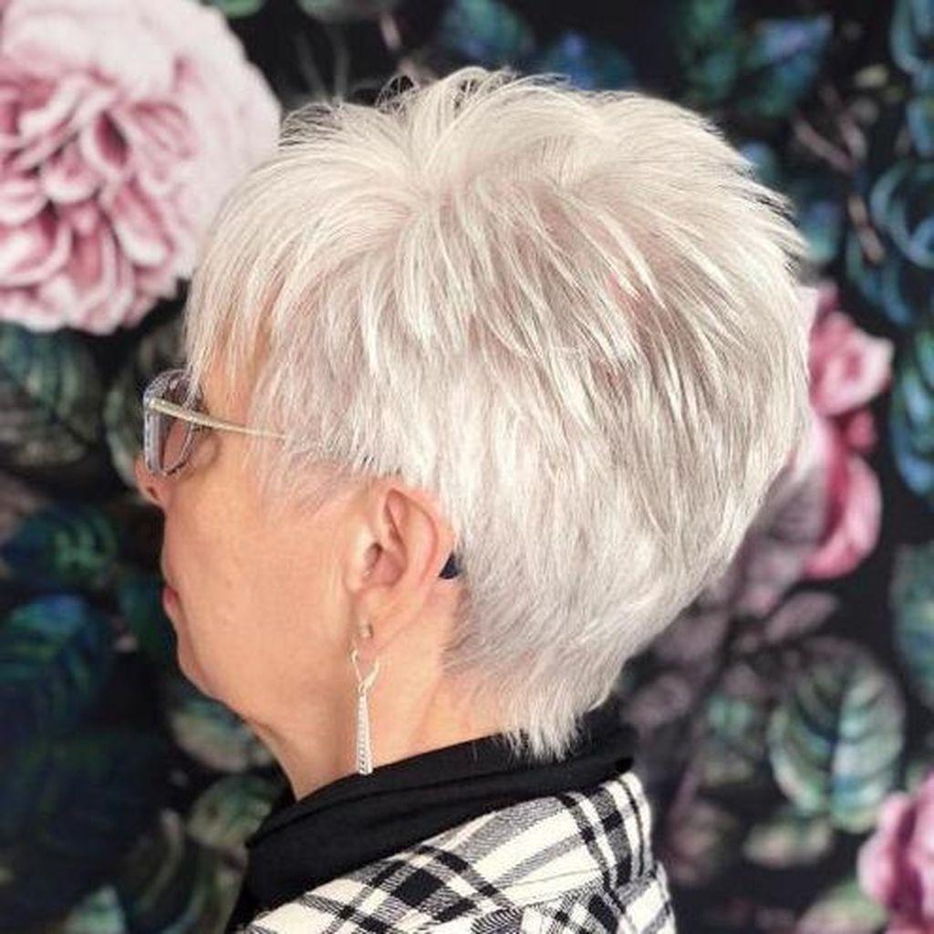 короткие стрижки для тонких волос фото 5