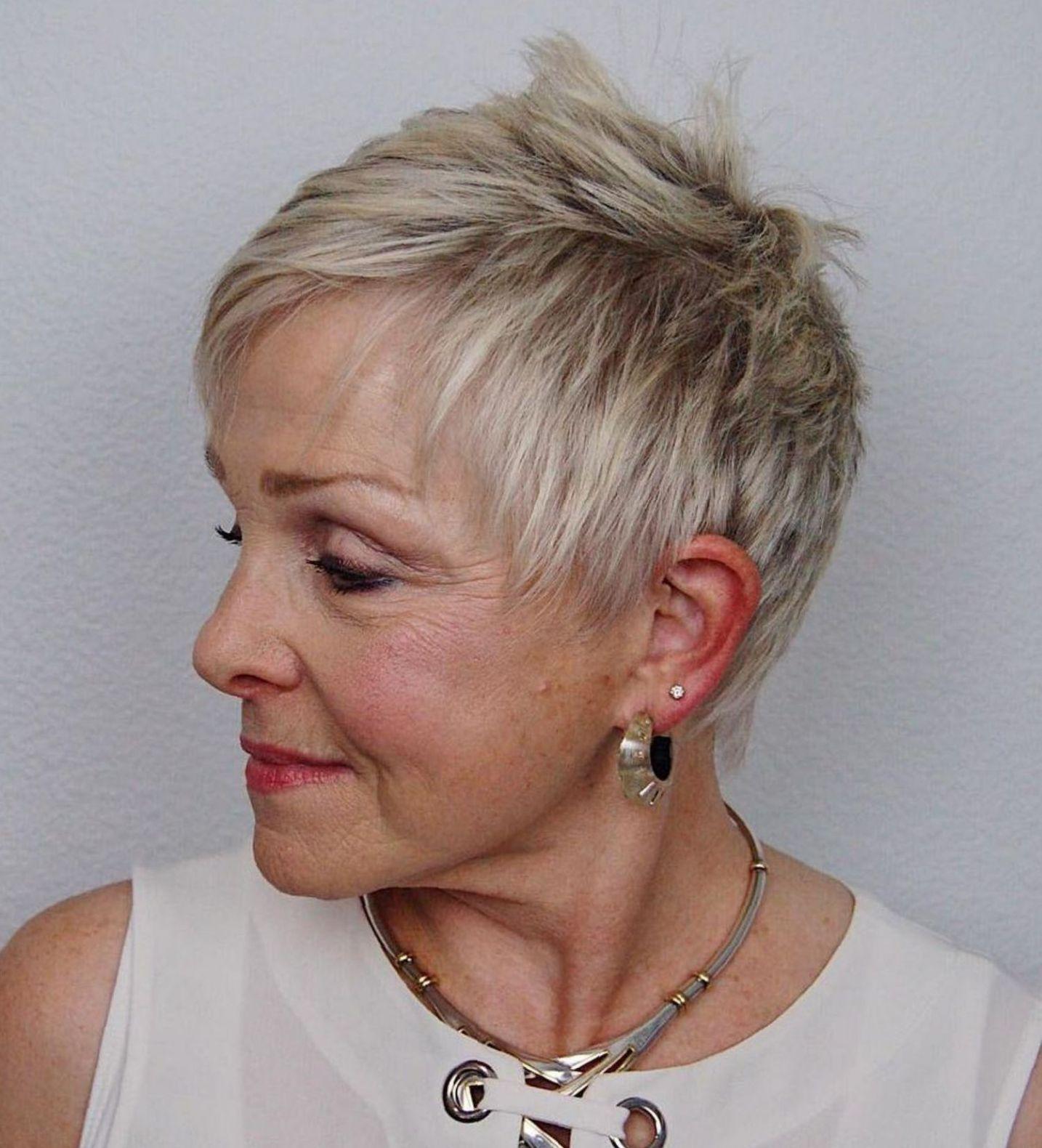 короткие стрижки для тонких волос фото 4