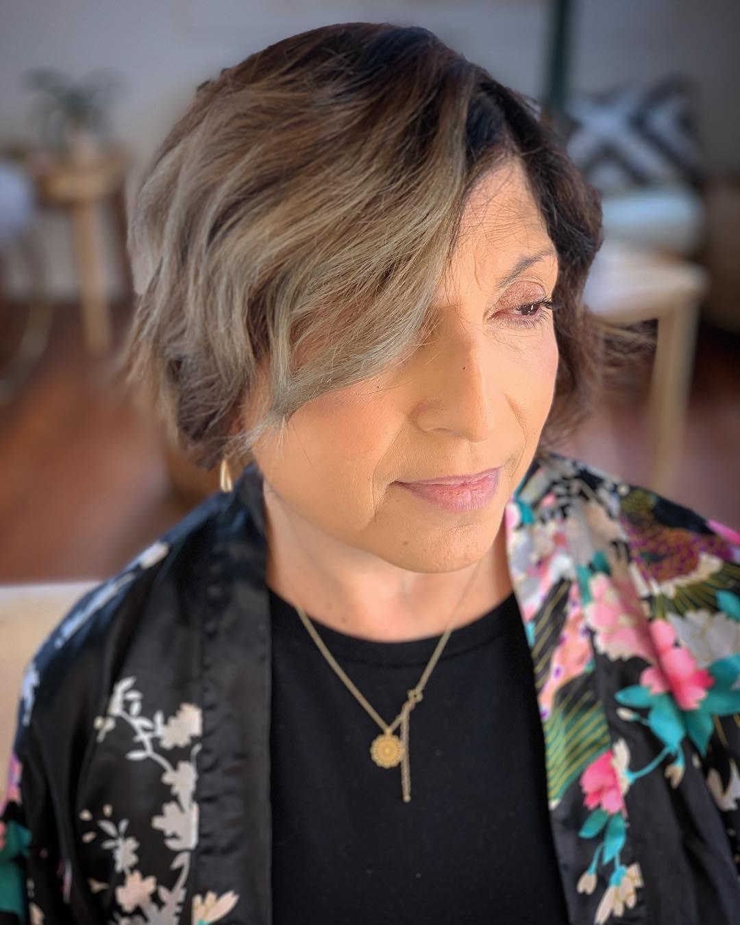 Косые стрижки для женщин 40-50 лет фото 2