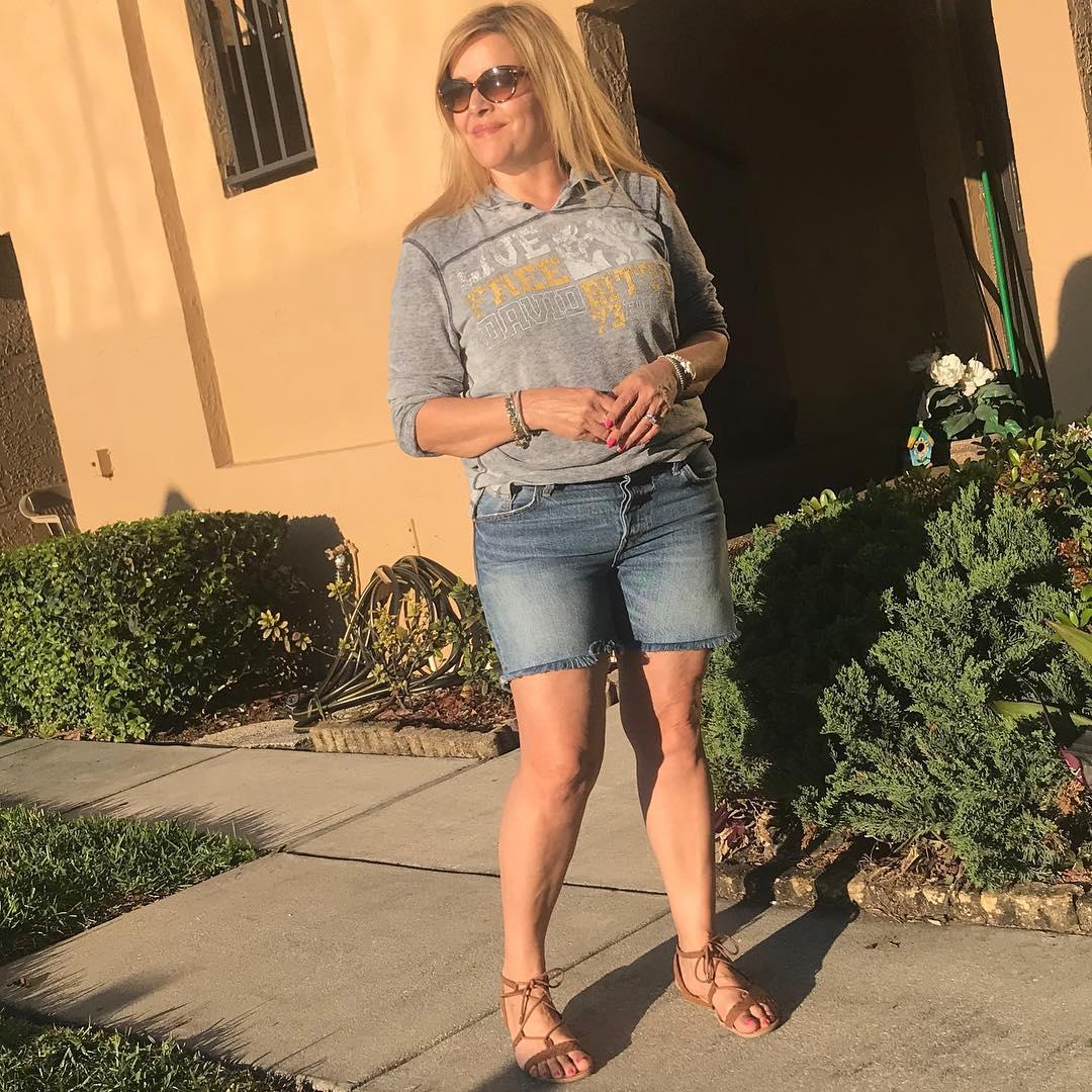 с чем носить шорты летом женщинам после 40-50 лет фото 2