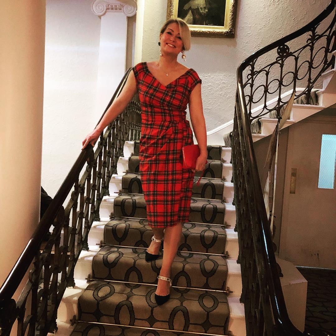 с чем носить платье летом женщинам после 40-50 лет фото 4