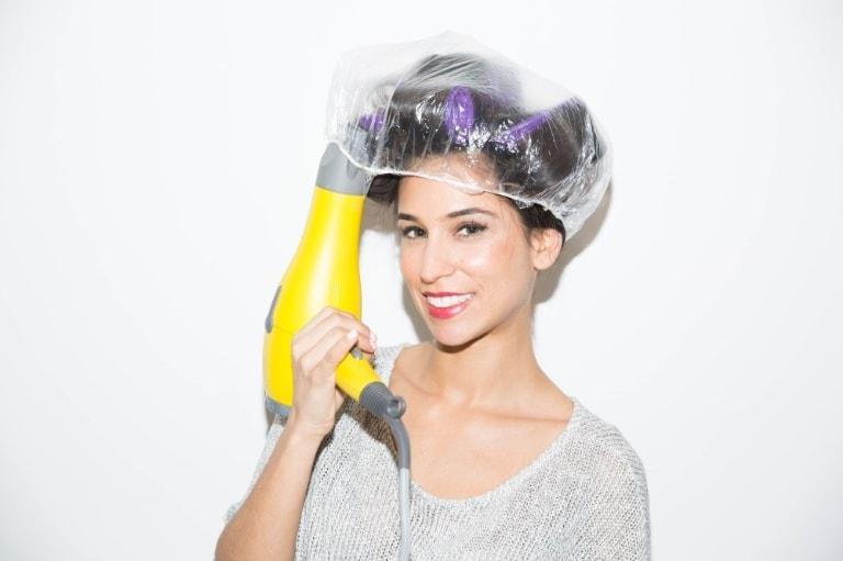 14 неожиданных способов применения шапочки для душа