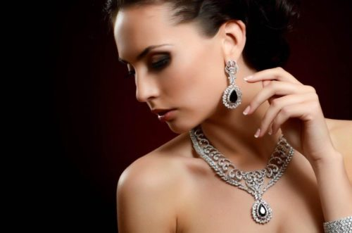 Простые и полезные советы, как правильно носить украшения