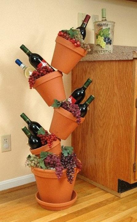 Необычное применение цветочных горшков не по назначению