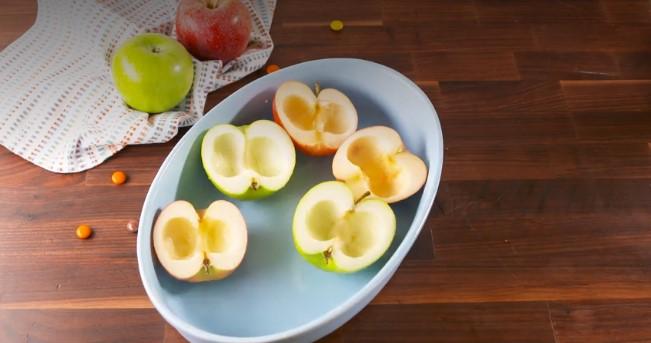 """яблоки с очень необычной """"начинкой"""""""