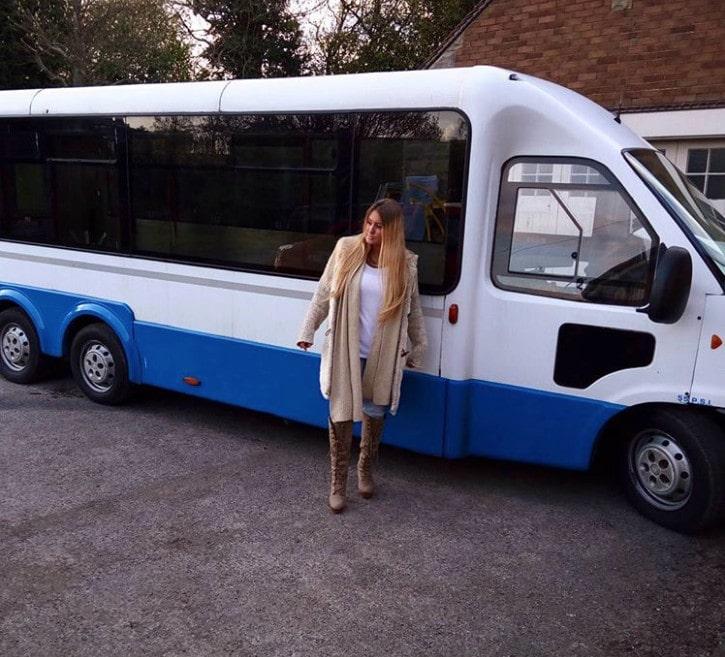 interesnaja i poleznaja peredelka obychnogo avtobusa