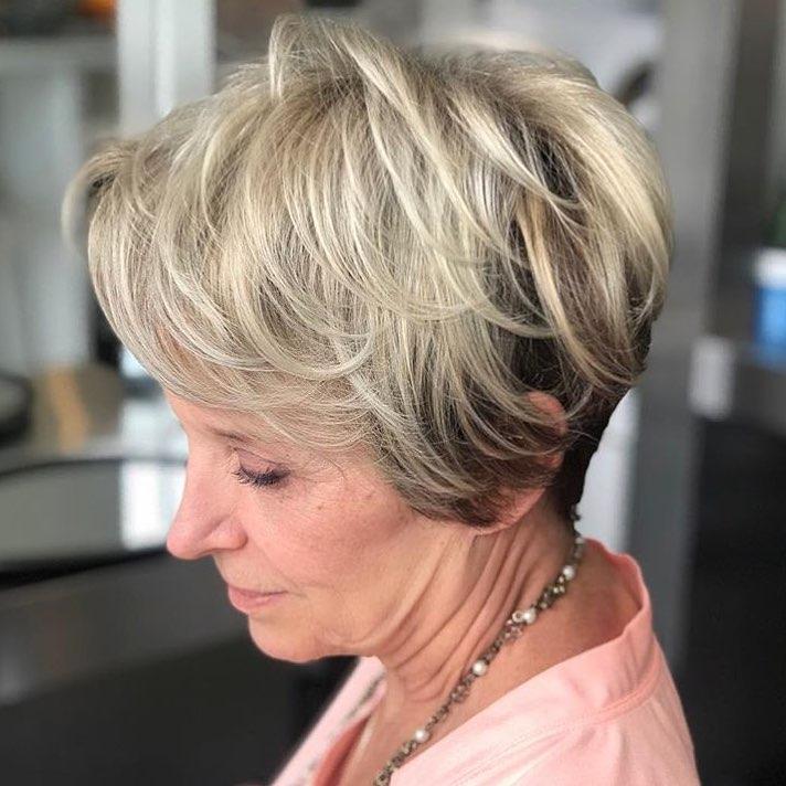 Стрижки после 50 лет на тонкие волосы фото 3