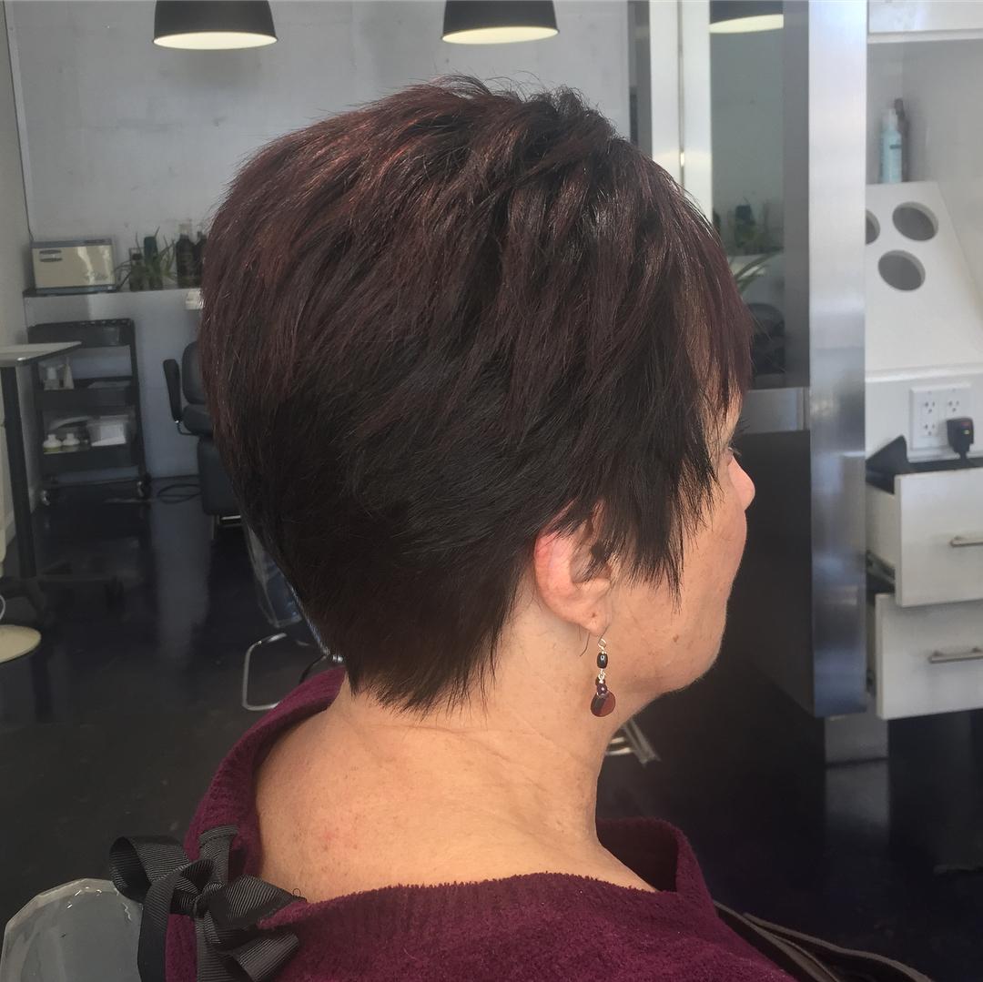 Стрижки после 50 лет на тонкие волосы фото 8